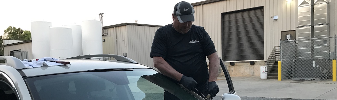 Auto Glass Repair and Replacement Experts in The Cumming, GA Area